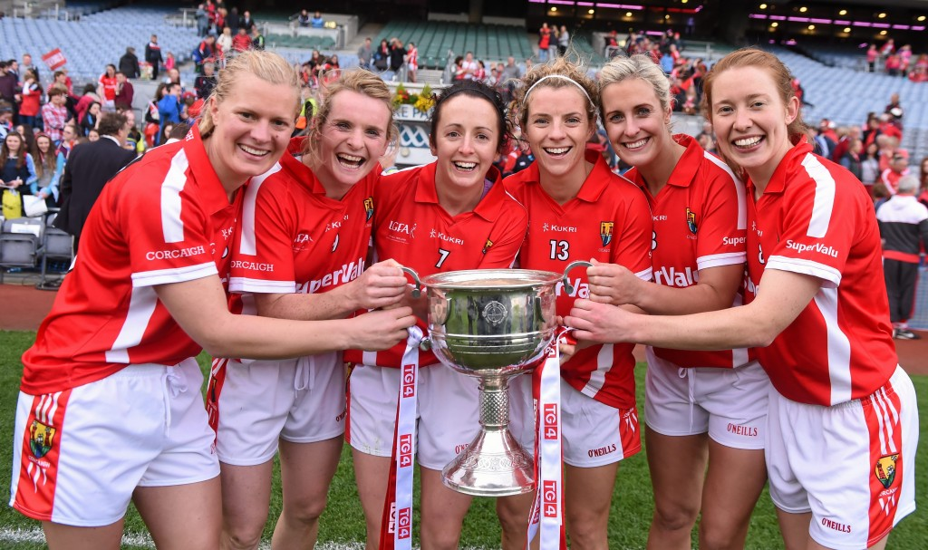 27 September 2015; Cork players, from left, Bríd Stack, Briege Corkery, Geraldine O'Flynn, Valerie Mulcahy, Deirdre O'Reilly and Rena Buckley, who have each won 10 All-Ireland Senior Football medals. TG4 Ladies Football All-Ireland Senior Championship Final, Croke Park, Dublin. Picture credit: Paul Mohan / SPORTSFILE *** NO REPRODUCTION FEE ***