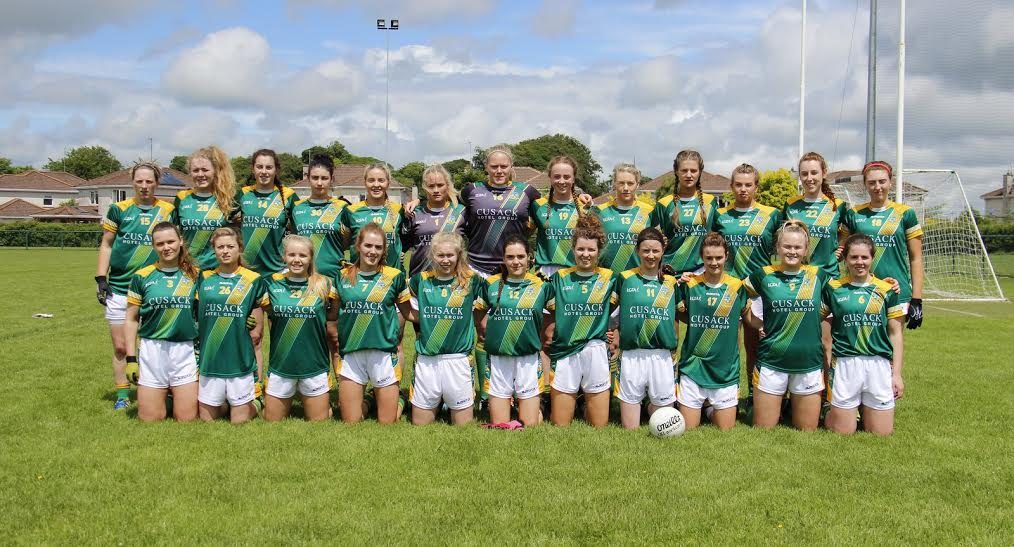 Back L to R: Jenny Rispin, Natalie Davitt, Catriona Keogan, Nicole Kelly, Emma White, Louise Dunne, Monica McGuirk, Aoibhín Cleary, Ailbhe McHugh, Kate Lawless, Niamh Lister, Niamh O'Kelly-Lynch, Kate Flynn. Front L to R: Paula Dunne (C), Tracy King, Ray Lawless, Elaine Plunkett, Stacey Grimes, Niamh Gallogly, Orla Byrne, Niamh O'Sullivan, Julie Donnellan, Vikki Wall, Shauna Ennis.